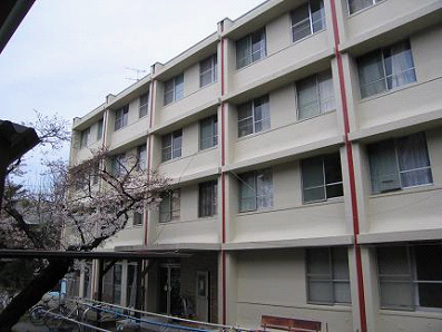 大学寮外壁工事